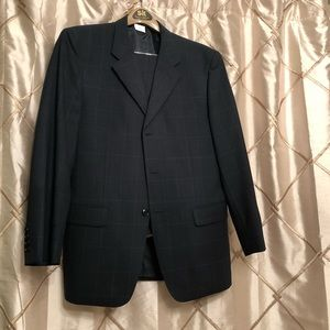 AWESOME dark blue men's suit!